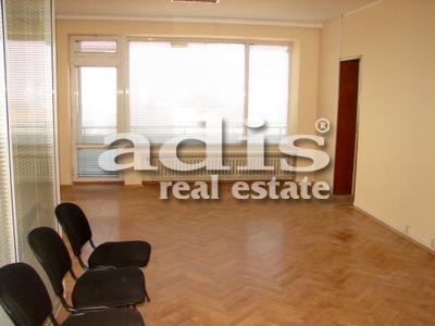 Многостаен апартамент под наем подходящ за офис, кв. Яворов, гр. София