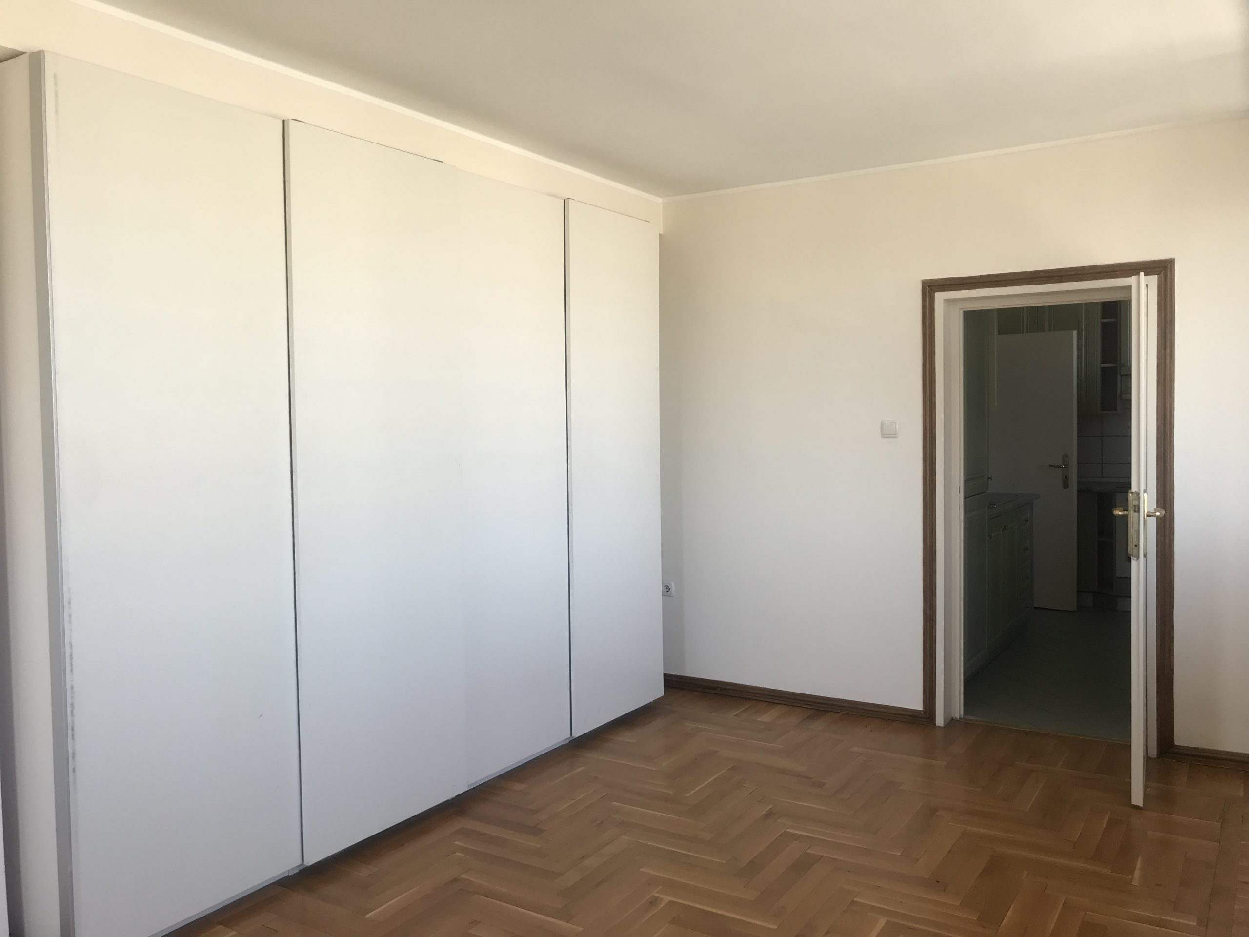 Three bedroom apartment for rent, Iztok qt., Sofia