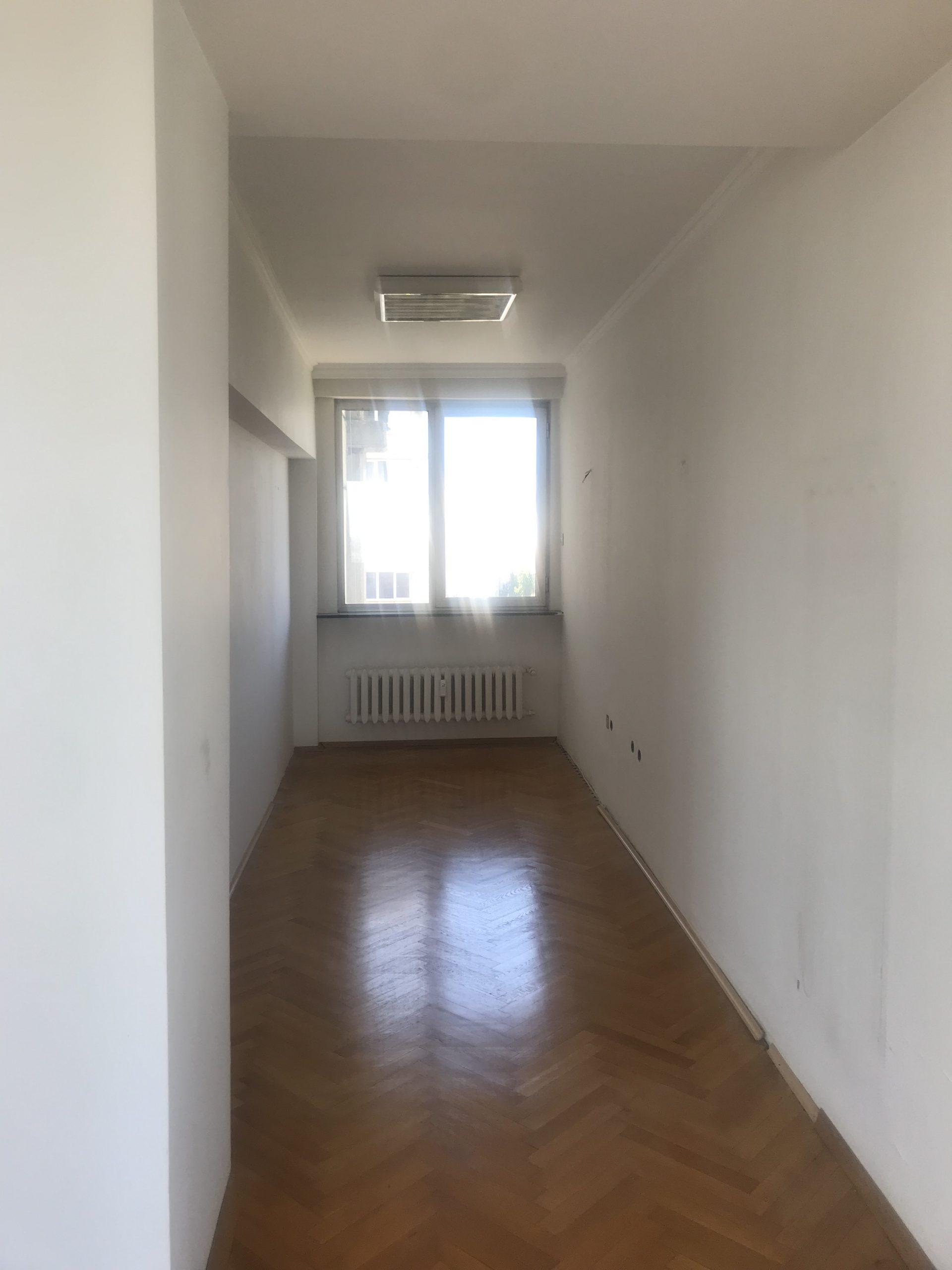 Четиристаен апартамент под наем в кв. Изток, гр. София
